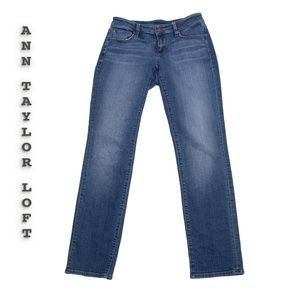 Loft Straight Jeans Size 28